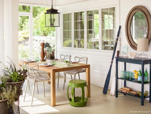 Screened sitting porch by Elza B Design