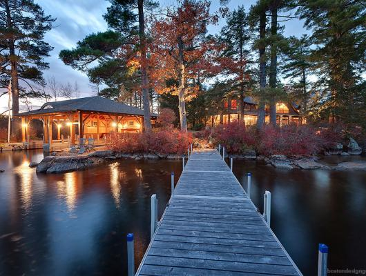 High End lakefront home New Hampshire