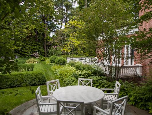 Landscape architecture luxury landscape outdoor gardens in New England