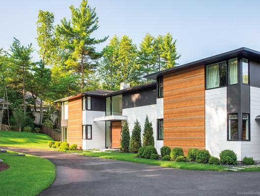 beautiful modern homes in Massachusetts