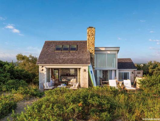 Martha's Vineyard waterfront cottages