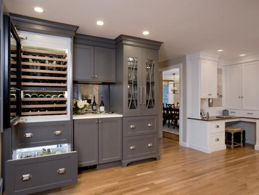 clutter-free kitchen design