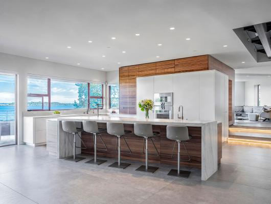 Modern coastal kitchen by Divine Design Center