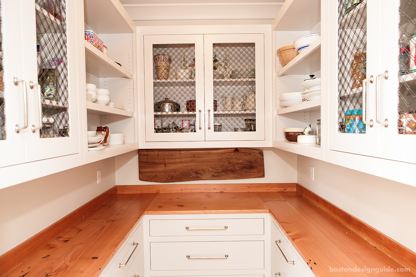 Building Your Dream Kitchen: Dream Kitchen Must-Have: Walk-In Pantry