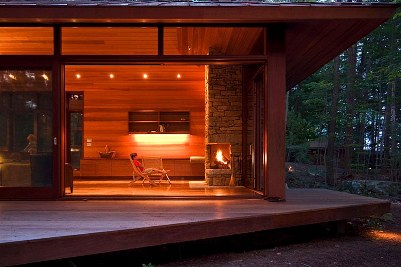 Frank Lloyd Wright inspired lake home