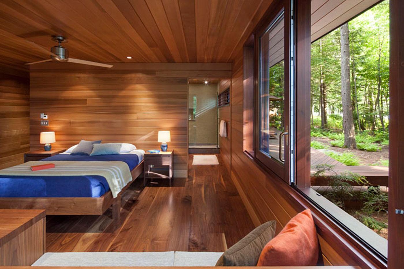Frank Lloyd Wright inspired lake house