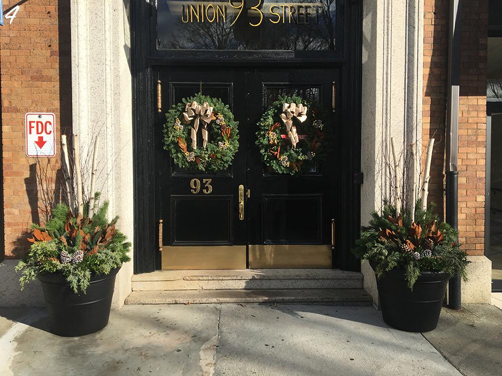 Florist Holiday Wreath Design